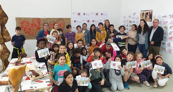 Photo of As clases do colexio de Trives trasládanse por un día á Praza de Abastos