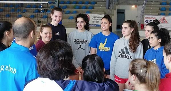 Photo of A final do campionato galego cadete feminino de voleibol xogarase o 12 de maio en Quiroga