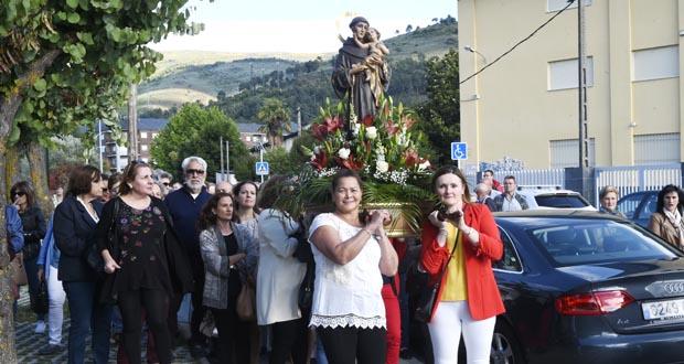 Photo of O Campo (O Barco) celebra o San Antón
