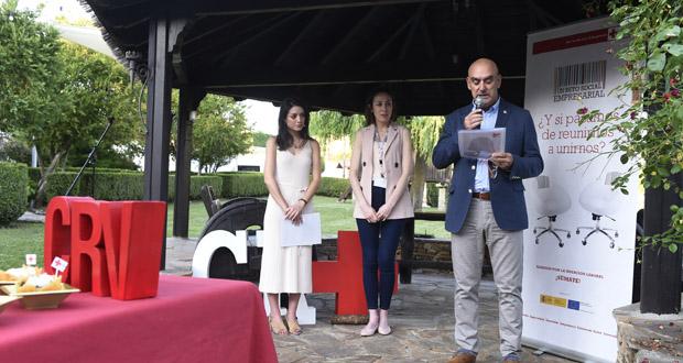 """Photo of Cruz Vermella Valdeorras presenta a campaña """"A miña cara non é o meu CV"""" relacionada coa hostalaría"""