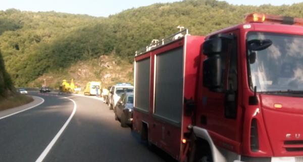 Photo of Dous feridos en Trives ao caer por un barranco o vehículo no que circulaban
