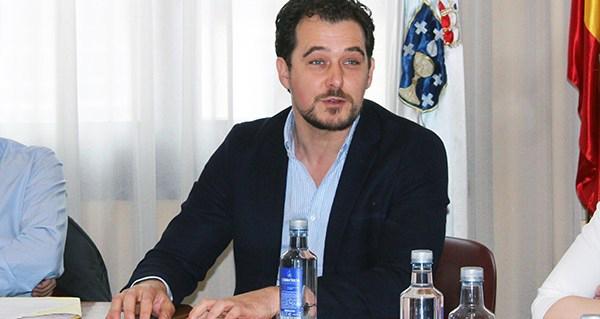 Photo of Álvaro Fernández, alcalde da Rúa, candidato a deputado do PP por Valdeorras
