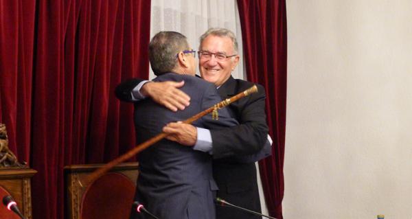 Photo of Alfredo García toma posesión por sexta vez como alcalde do Barco