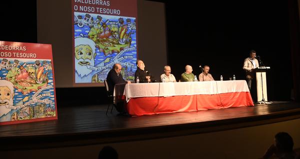 """Photo of """"Valdeorras o noso tesouro"""", un libro que conta e ilustra a historia desta comarca"""