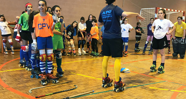 Photo of Partido de exhibición de hóckey sobre patíns no pavillón polideportivo da Rúa