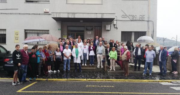 Photo of A Rúa segue pedindo unha mellor primaria e un novo centro de Saúde