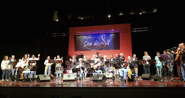 Photo of Concerto solidario e moi emotivo de Son do Sil en Vilagarcía