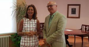 O alcalde da Gudiña reúnese coa delegada da Xunta en Ourense para analizar futuros proxectos conxuntos