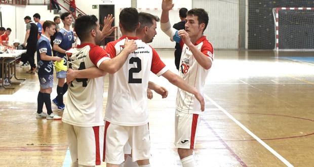 Photo of O Pizarras Los 3 Cuñados accede directamente a 1/8 de final da Copa Galicia de fútbol sala