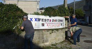 As pancartas da XXIII Festa das Covas de Vilamartín de Valdeorras xa están na rúa