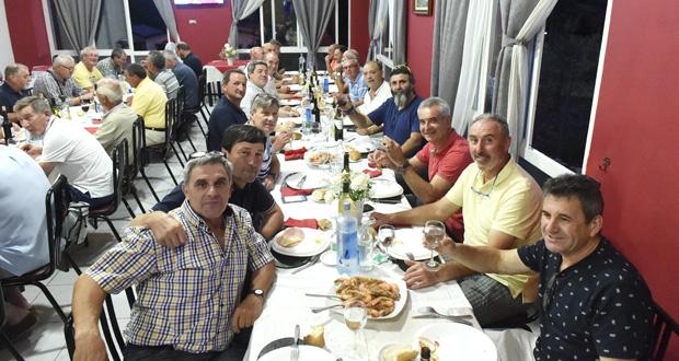 Photo of A II Xuntanza das vellas glorias do C.D. Vilamartín concluía cunha cea