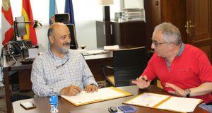 """O presidente da CHMS José Antonio Quiroga e o alcalde de Muíños, Pácido Álvarez, asinaron hoxe o convenio das obras do proxecto """"Raia Termal"""""""