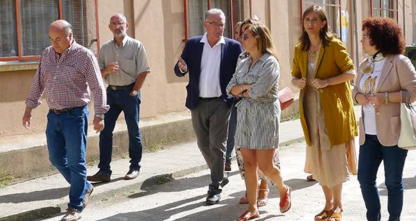 Photo of O CEIP Plurilingüe Julio Gurriarán Canalejas recibe a visita da conselleira de Educación