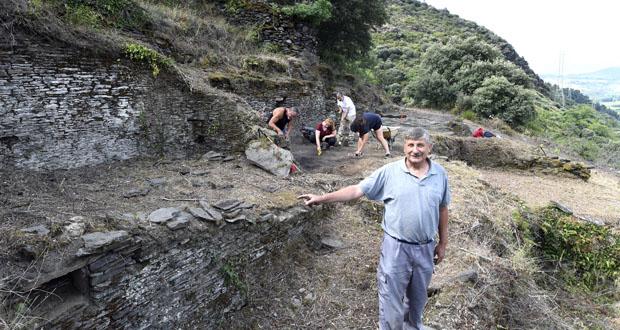 Photo of As escavacións volven ao Castro de Valencia do Sil (Vilamartín), medio século despois
