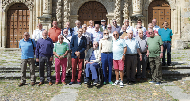 Photo of Os antigos alumnos das Ermitas (O Bolo) reencóntranse co santuario
