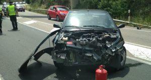 Unha persoa resulta ferida nun accidente de tráfico en Fontei (A Rúa)