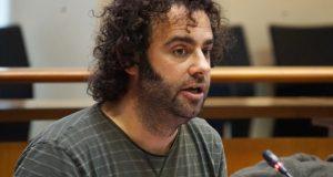 O deputado Davide Rodríguez presenta unha iniciativa no Parlamento galego para paliar os danos da pedra