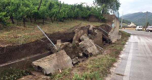 Photo of Desprendementos de terra en Éntoma e danos no viñedo pola tormenta