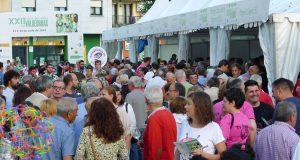 O público enche o recinto da XXII Feira do Viño de Valdeorras