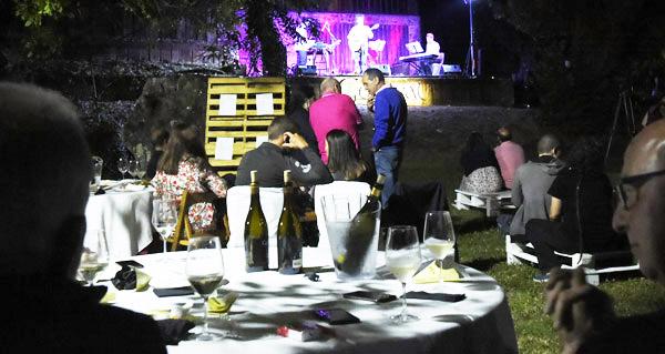 Photo of Fusión de godello e música na III Velada dos Sentidos en Xagoaza