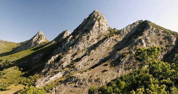 Photo of Apróbase o primeiro plan reitor de uso e xestión dos parques naturais da Serra da Enciña da Lastra e do Invernadeiro