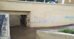 A tormenta tamén anegaba pasos peonís subterráneos no Barco