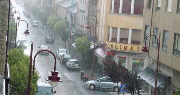 Photo of Alerta laranxa por tormentas nas provincias de Ourense e Lugo