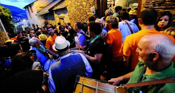Photo of Quedan 8 días: todo a punto para o transporte dende outros puntos do país á Festa das Covas de Vilamartín
