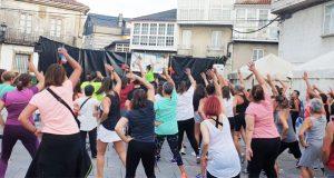Baile e diversión na masterclass de zumba de Trives
