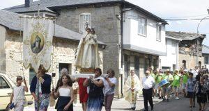 Manzaneda rende culto á Virxe das Neves