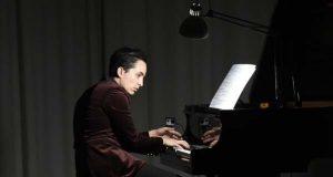 Pura música contemporánea no exitoso concerto do pianista Fabio Álvarez en Trives