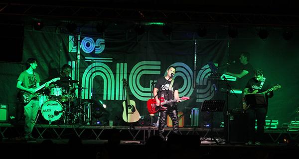 Photo of Los Íñigos abren o apartado musical das Festas de San Roque, na Rúa Vella