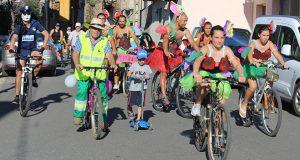Máis de 160 persoas participan nunha colorida e animada Volta Ecolóxica