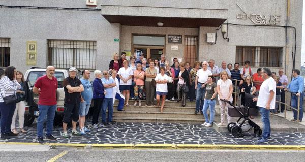 """Photo of Seguen as concentracións na Rúa por un novo centro de saúde e por unha """"primaria digna"""""""