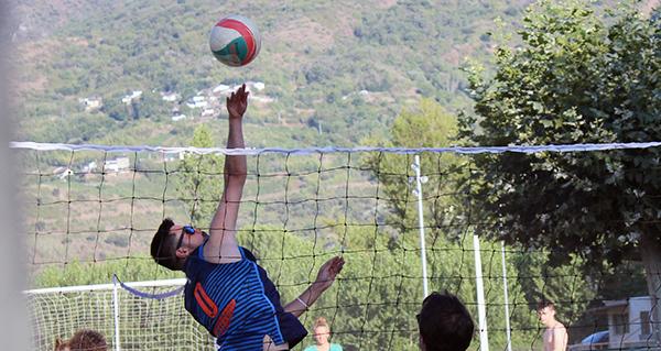 Photo of 26 equipos participan no VI Torneo de Volei Praia da Rúa