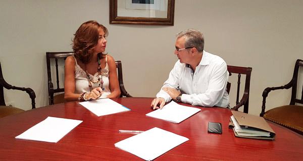 Photo of O alcalde do Pereiro de Aguiar, Luis Menor, reúnese coa delegada da Xunta en Ourense