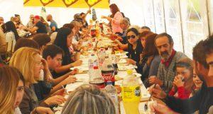 A V Xuntanza Veciñal de Solveira (Viana) congrega a un cento de persoas