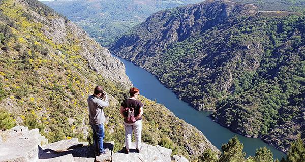 Photo of A Oficina de Turismo de Sober incrementa en case un 50% a atención de viaxeiros nos meses de xuño e xullo