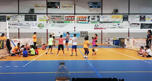 Photo of Arranca o campus de voleibol do CV Ribeira Sacra
