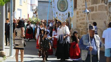 Photo of Larouco vístese de festa para honrar á súa patroa, a Virxe dos Remedios