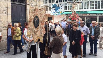 Photo of O Santo Cristo da Misericordia sae en procesión polas rúas de Trives