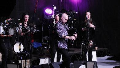 Photo of A música de Xabier Díaz e As Adufeiras de Salitre conquista ao público