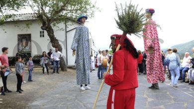 Photo of O Meco e as Pampórnigas abren a procesión da Romaría da Ermida (Quiroga)