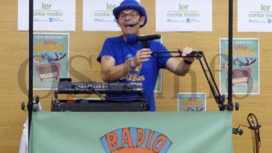 """Photo of """"Radio bule bule"""", singular cita coa música en galego e o humor en Quiroga"""
