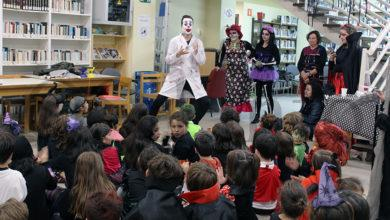 "Photo of Os malabares do ""Joker Guti"" na Festa de Medo na Biblioteca do Barco"