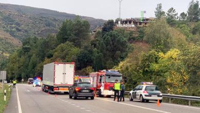 Photo of Dous feridos nun accidente de tráfico na N-120 ao seu paso por Arcos (Vilamartín)