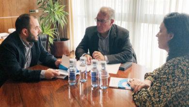 Photo of Reunión entre o presidente da Fegamp, Alfredo García, e membros da Mesa pola Normalización Lingüística