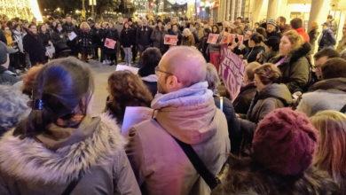 Photo of Ata 14 concentracións en Galicia contra o peche do paritorio de Verín