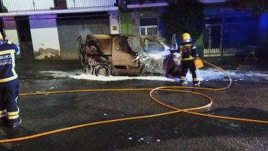 Photo of Arde unha furgoneta de reparto en Córgomo (Vilamartín)