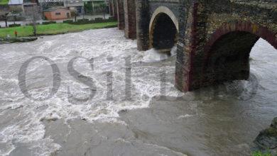 Photo of Vídeos do río Sil ao seu paso pola ponte de Sobradelo
